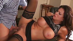 Monster HD Sex Tube Teri Weigel with massive knockers and horny