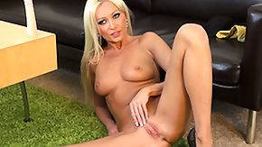 Dildo Throat HD porn tube Diana sticks a top-heavy dildo amidst her throat and softly squeezes her clit