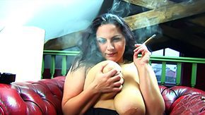 Free Cigar HD porn Well-built Newcomer Cigar Smokin' Fetish With Mellie D