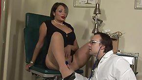 Lady HD tube hottie gets her pussy additionally mouth checked by her doc